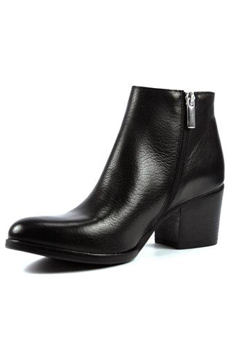 Ankle Boot Black Friend Leather